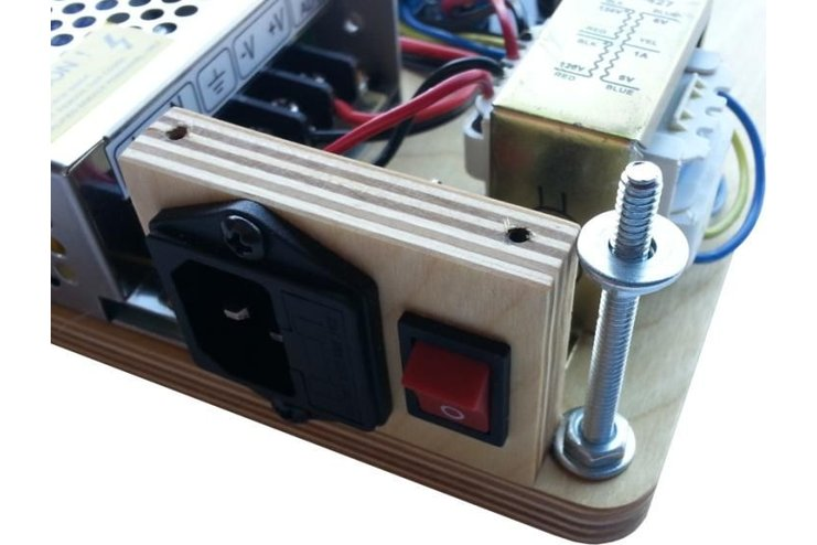 2 X 18 Watt Stereo Low Power Amplifier Circuit