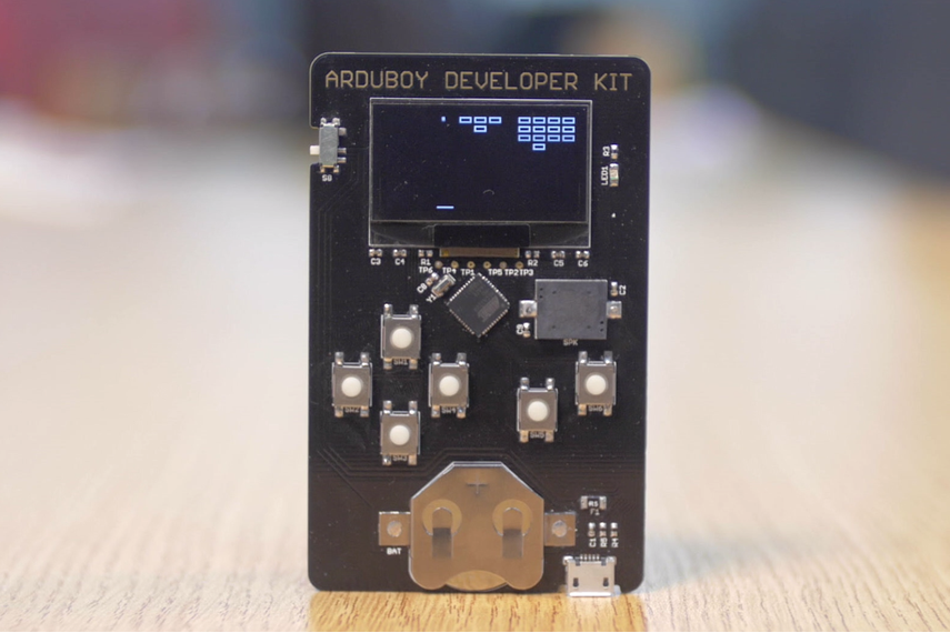 https://d3s5r33r268y59.cloudfront.net/06271/products/thumbs/2015-05-01T15:53:45.108Z-Arduboy%20Dev%20Kit%20Tindie.png.855x570_q85_pad_rcrop.png