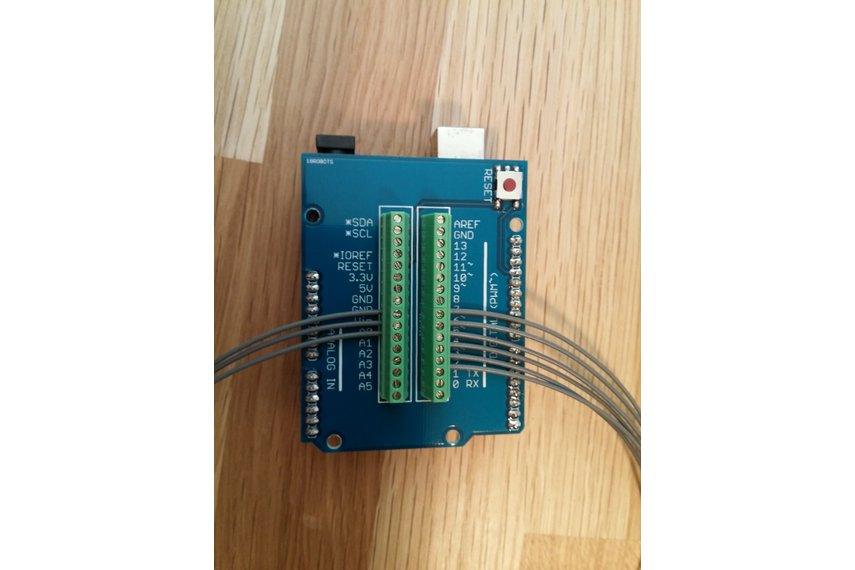 Mini screw terminal shield for arduino from robots on tindie