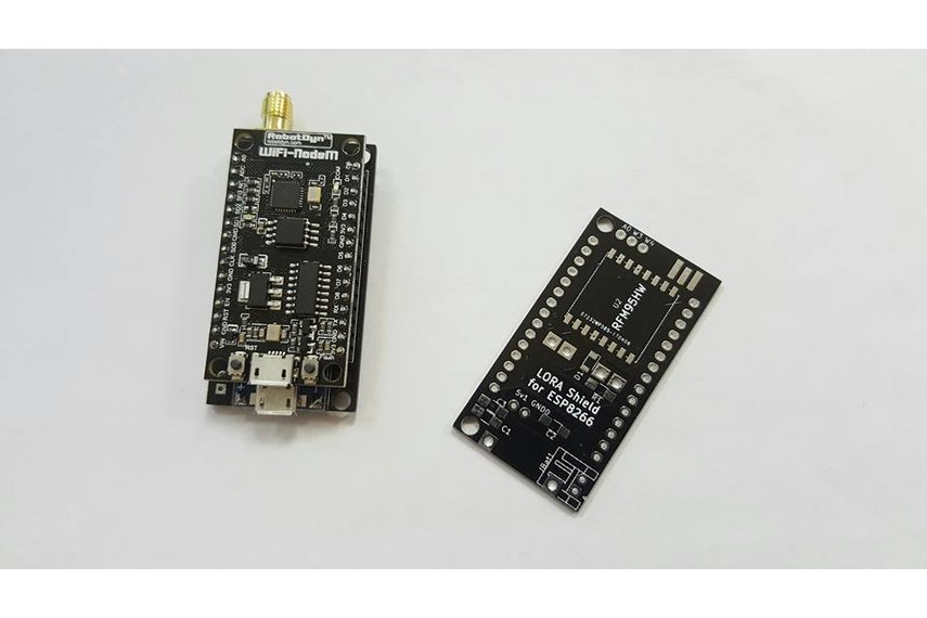 ESP8266 RFM95  Lorawan Node PCB with battery