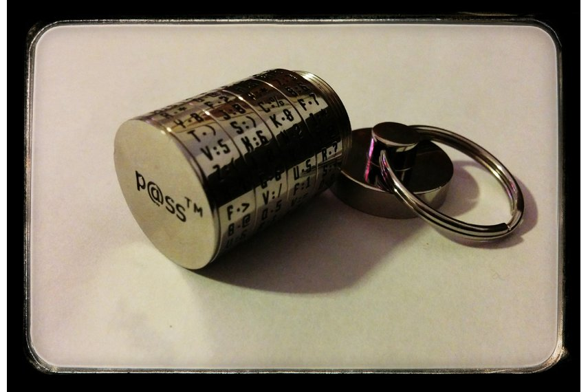 p@ss™ Password Generator/Recall Key Fob