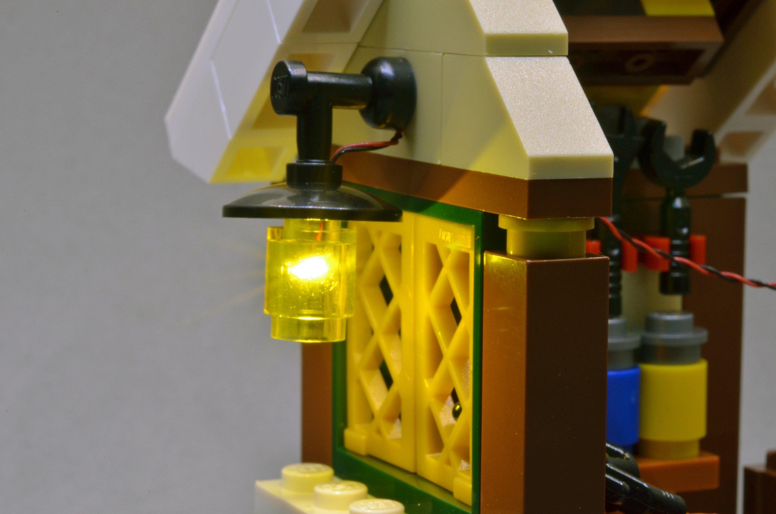 lighting effect starter kit for lego models from brickstuff on tindie. Black Bedroom Furniture Sets. Home Design Ideas