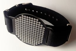 strapOn black - The wearable protoboard