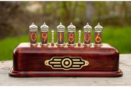 Vintage Nixie Clock on IN-14 tubes