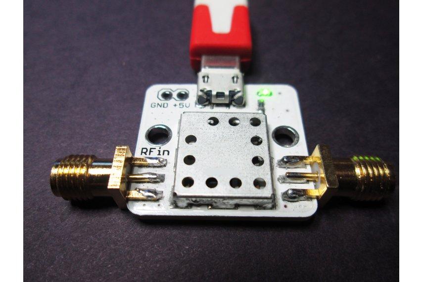 Tiny Ultra Linear LNA 10-2000 MHz NF=0.5dB G>20 dB