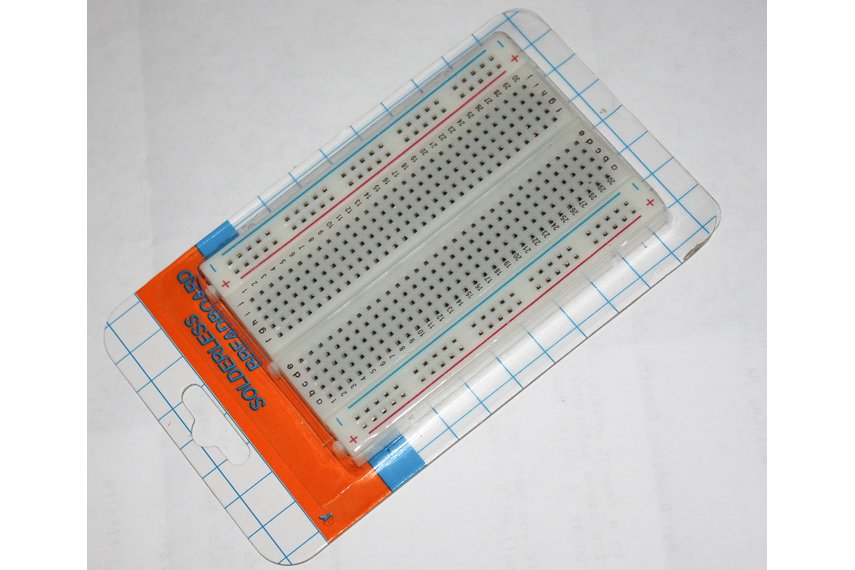 Arduino Breadboard Shield 400