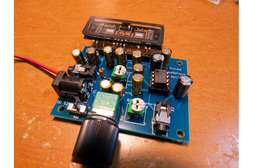 Nutube amp kit, a vacuum tube in new century
