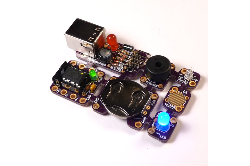 Tacuino a low cost arduino compatible kit from makersbox