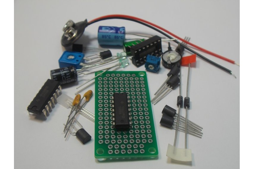 lm339 quad voltage comparator ic design kit   1405  from
