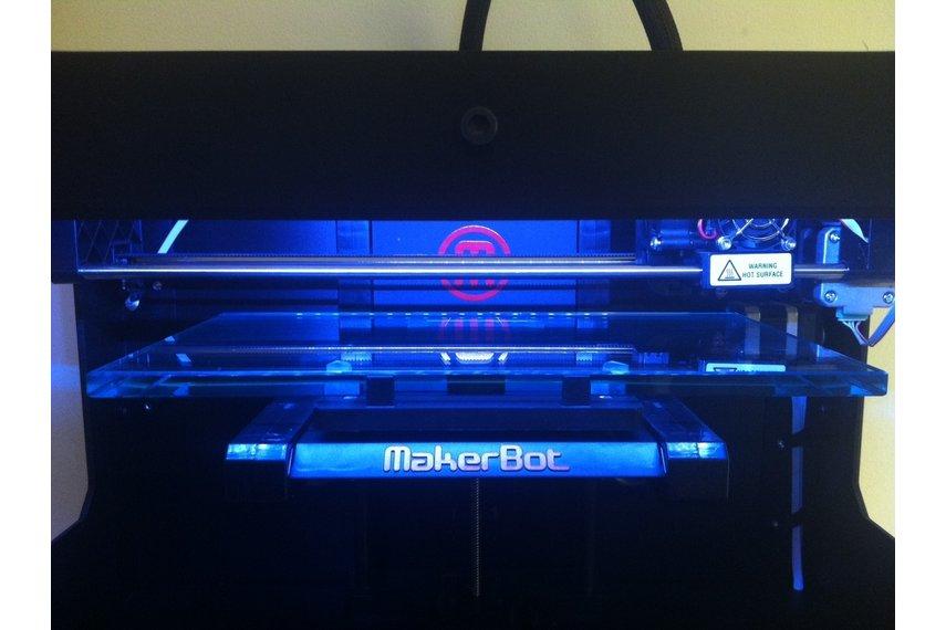 Makerbot Replicator  Build Plate Upgrade